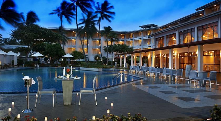 Berjaya Mount Royal Hotel