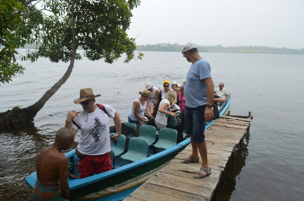Authentic Culinary Experience and Boat Ride in Negombo